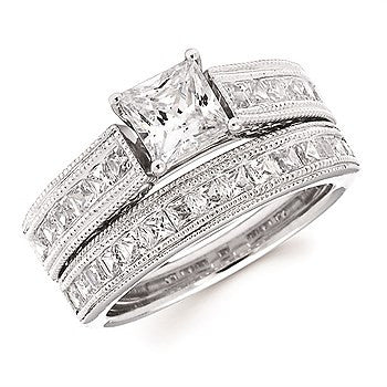 5/8 Ctw. Princess Cut Diamond Semi Mount with Millgrain Detail shown with 1 Ct. Round Center Diamond in 14K Gold