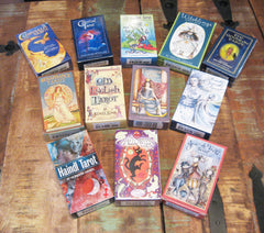 Tarot vs  Oracle decks: What's the difference? – Grove and Grotto
