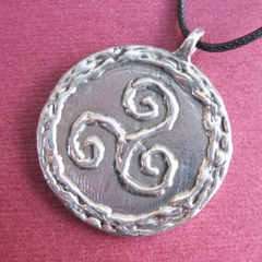 Example of a triskele pendant