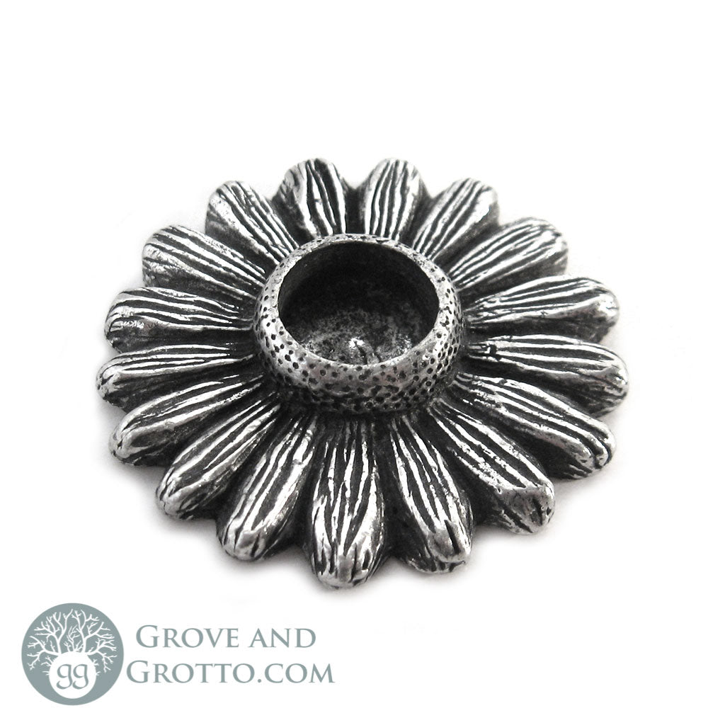 Daisy Chime Candle Holder - Grove and Grotto