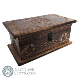 Pentagram Chest with Latch (Medium)