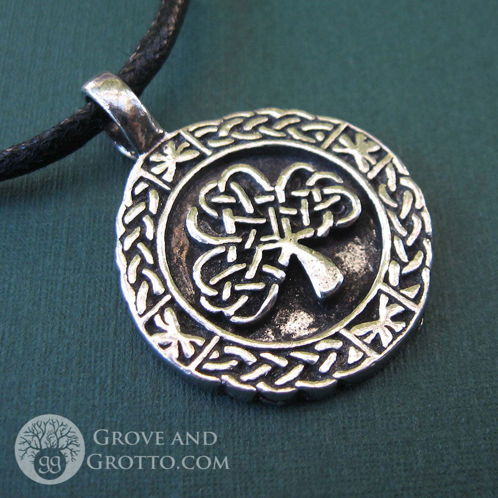 Celtic Shamrock Pendant - Grove and Grotto