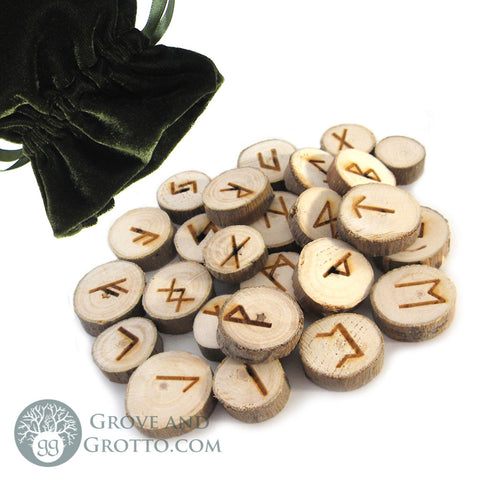 Poplar Wood Rune Set