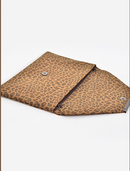 Leopard Envelope Clutch: Available in 3 colors