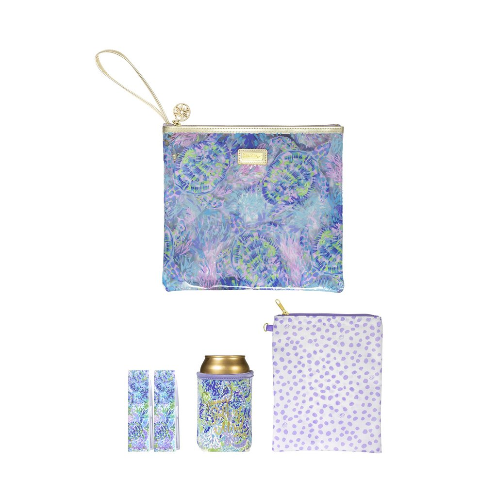 Lily Pulitzer Beach Day Pouch in Shell of a Party