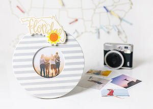 Stone Medium Stripe Mini Round Frame - Happy Everything