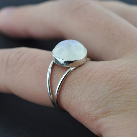 Bella Swan inspired Moonstone Ring - Hebel Design