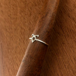 Tiny Rune Ring - Hebel Design