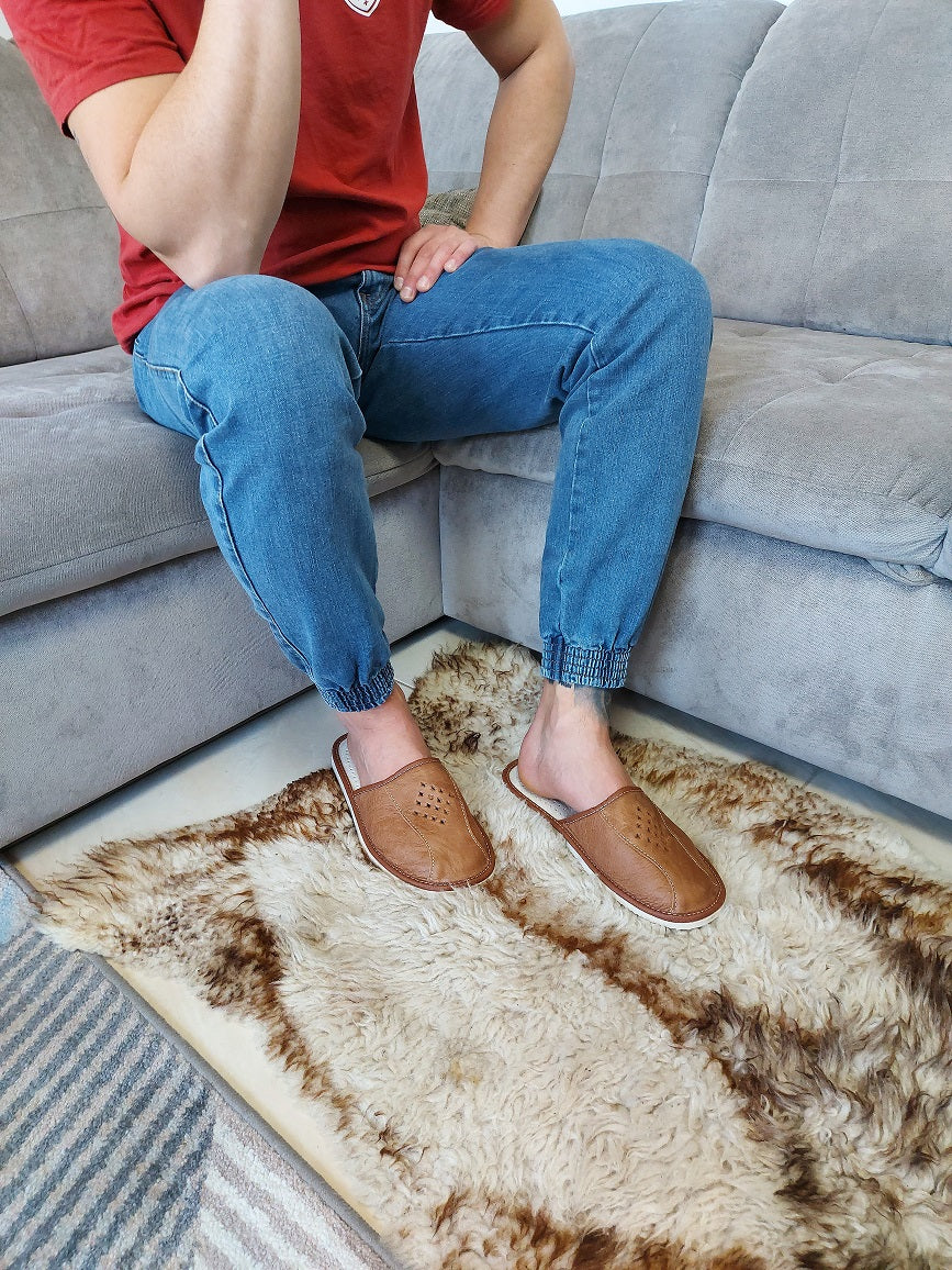 Best house slippers for men - Reindeer Leather