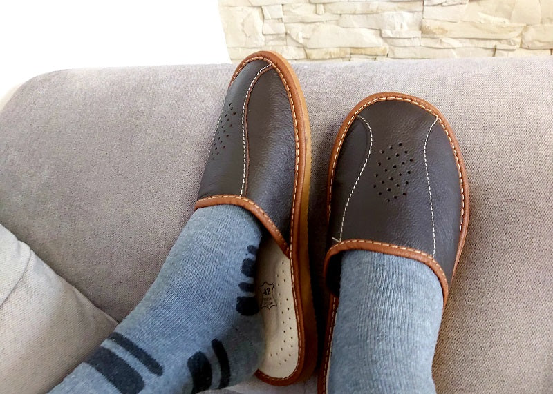 Mens Leather Slippers- Reindeer Leather