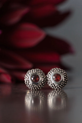 January Red Garnet Bobbled Pollen Stud Earrings