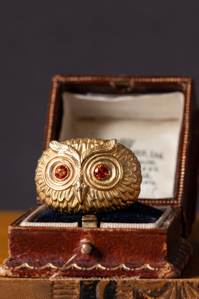 18ct Gold Owl Ring with Orange Sapphires