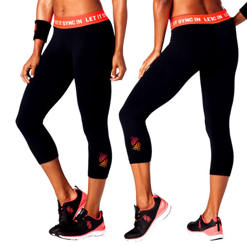 Let It Sync In Capri Leggings (sizes S, M)