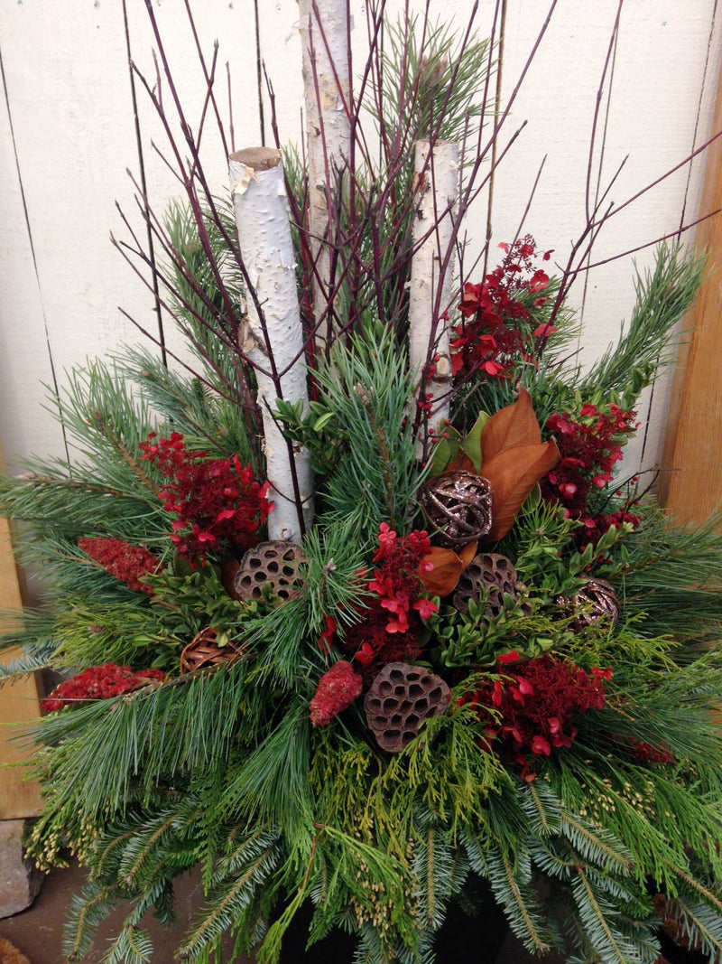 Workshop - Outdoor Winter Arrangement - Natural Deluxe