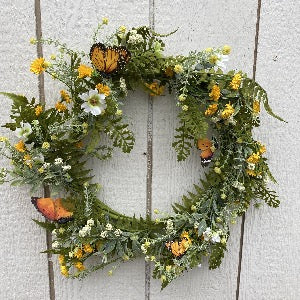 Spring Wreath - Daisy & Monarch