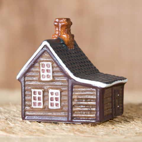 Efstibær - Ceramic Decor House Figurine - Idontspeakicelandic