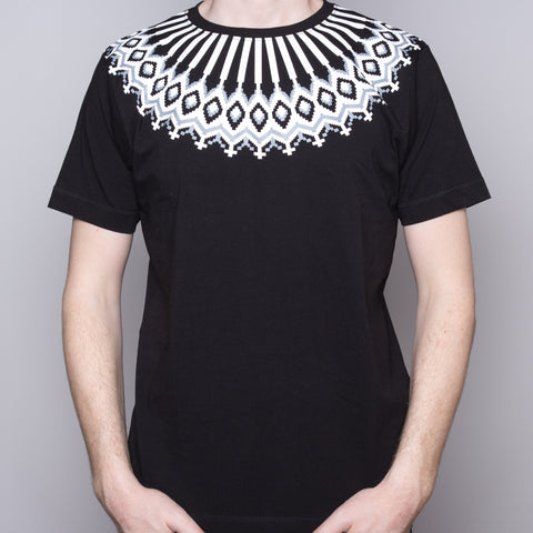 Wool Pattern - T-shirt - Black - Idontspeakicelandic