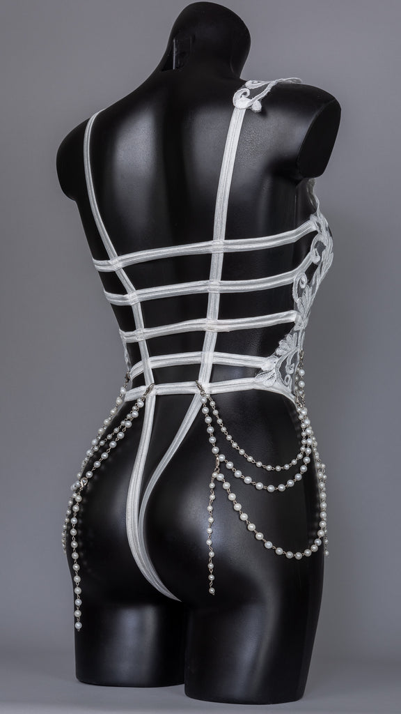 LOST IN HEAVEN - Baroque Romantic Pearl Bodycage