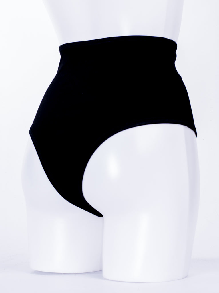 MISSION 2 - Mid Way High Leg Shorts