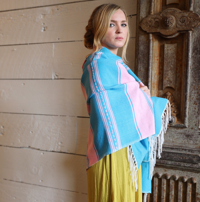 Mitla Summer Throw | Chicle