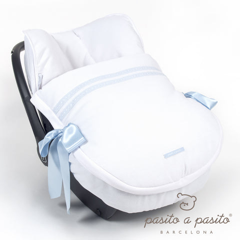 Atelier Baby Car Seat Cover - White/Blue - Amelia loves - 1