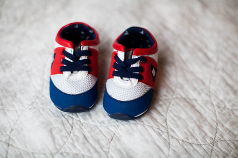 Baby boy sports shoes with elastic laces