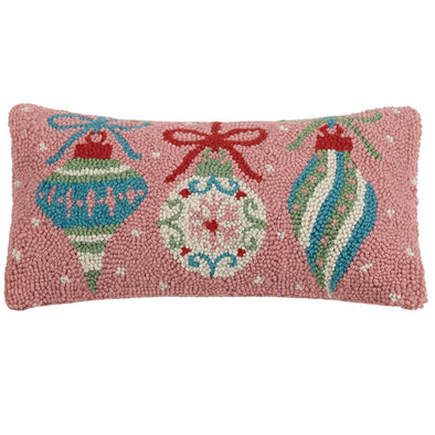 Retro Pink Ornaments Hooked Wool Pillow