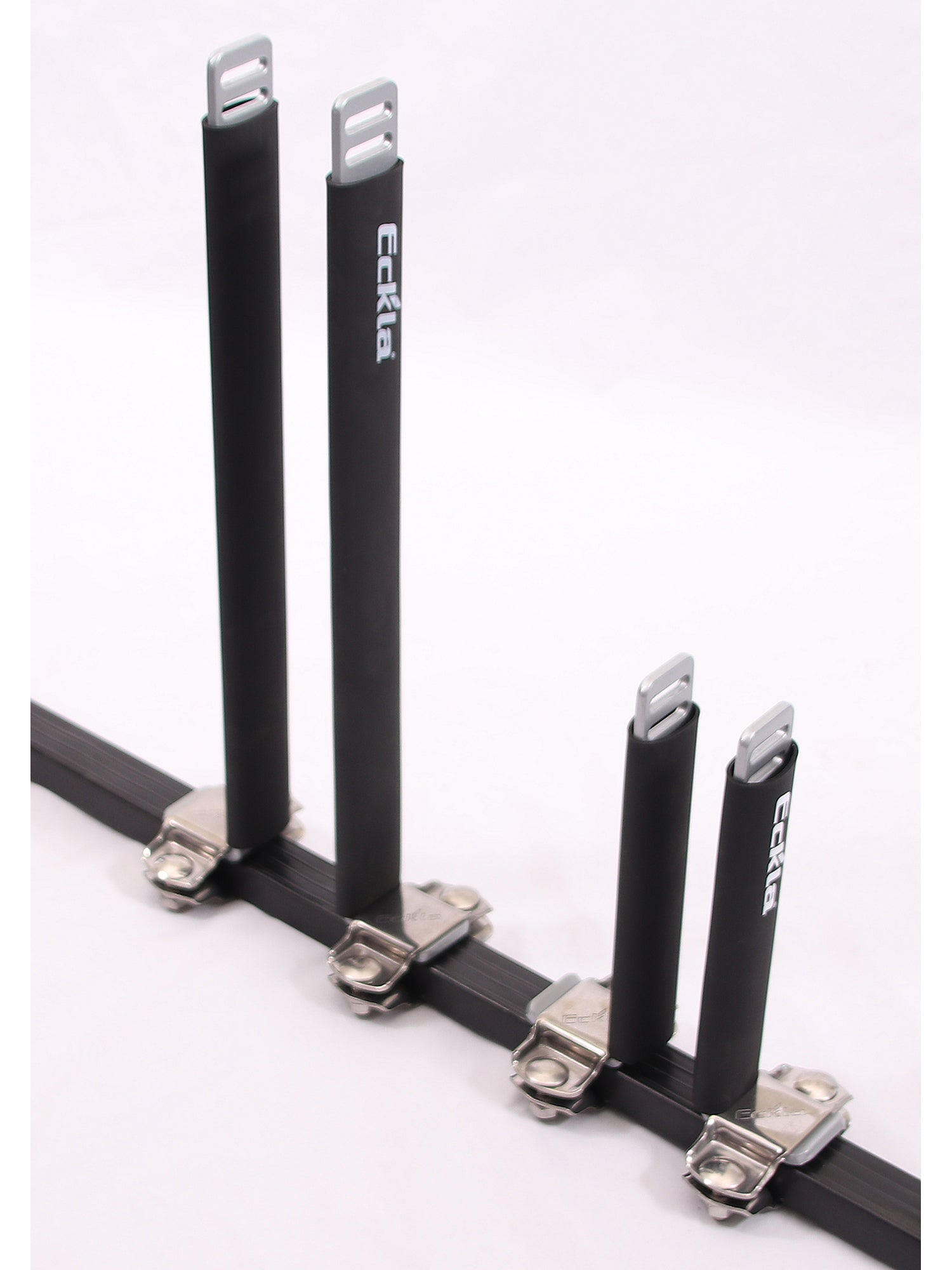 Eckla Upright Bars