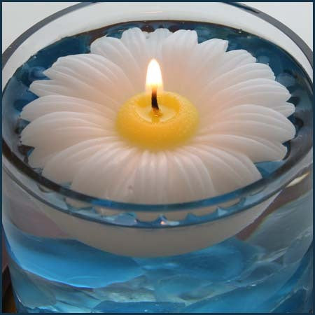 Daisy Floating 3 inch Candle - Candle Factory Store