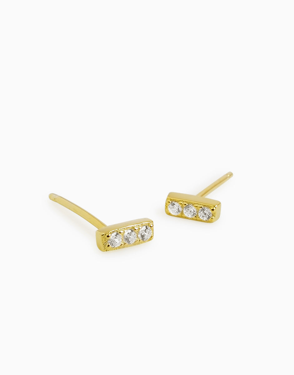 Mini Crystal Bar Stud Earrings_Benique