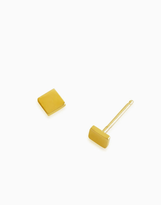 Minimalist Mini Square Stud (Gold)