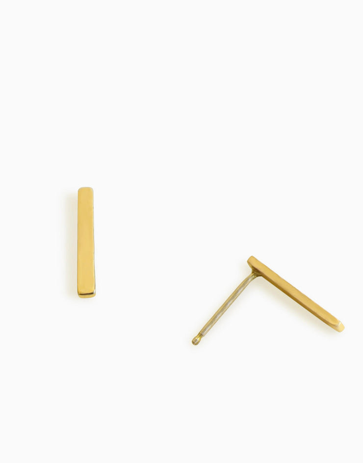 Minimalist Rectangle Stud Earrings (Gold)