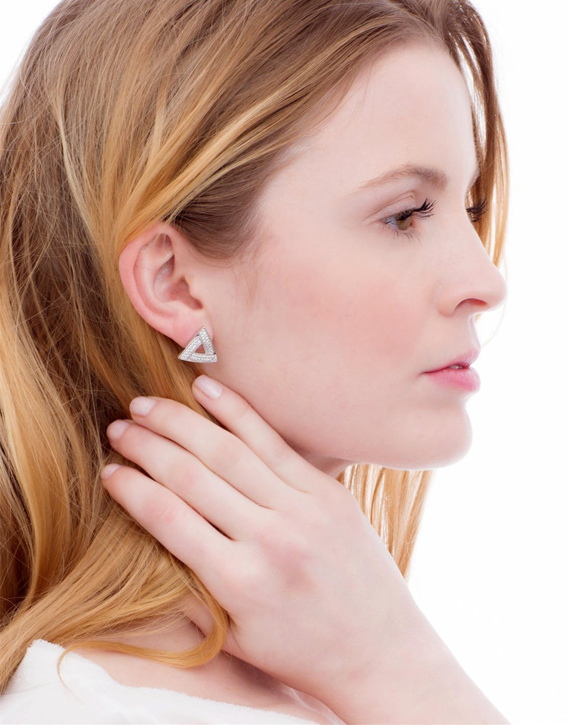 Iceberg Stud Earrings_Model_Benique