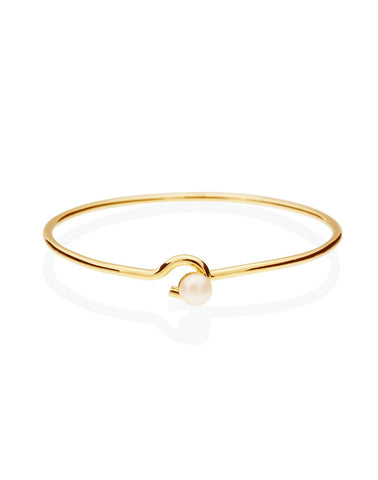 Clasp My Hand Bangle_Benique