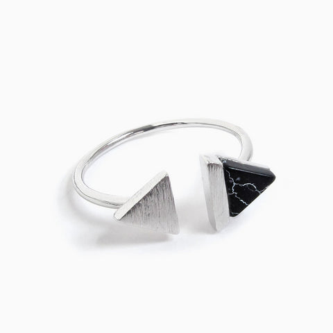 Double-Tri Split Onyx Ring
