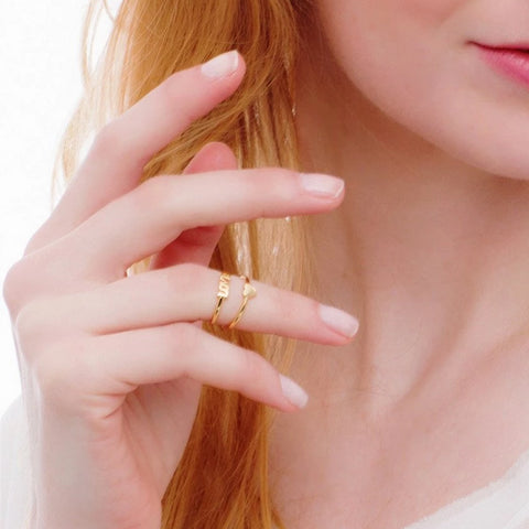 Love is Sweet Midi Ring_Model_Benique