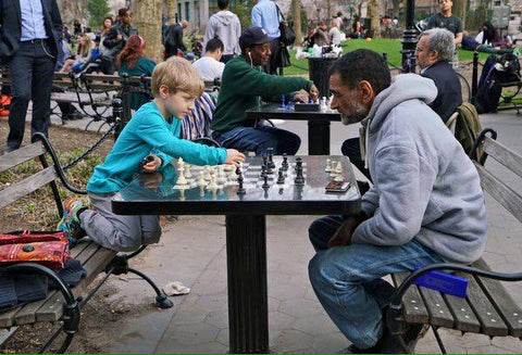 An Outdoors Chess Lesson – Chess Forum