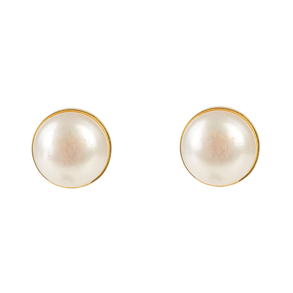 Medium Circle Stud Gold Pearl