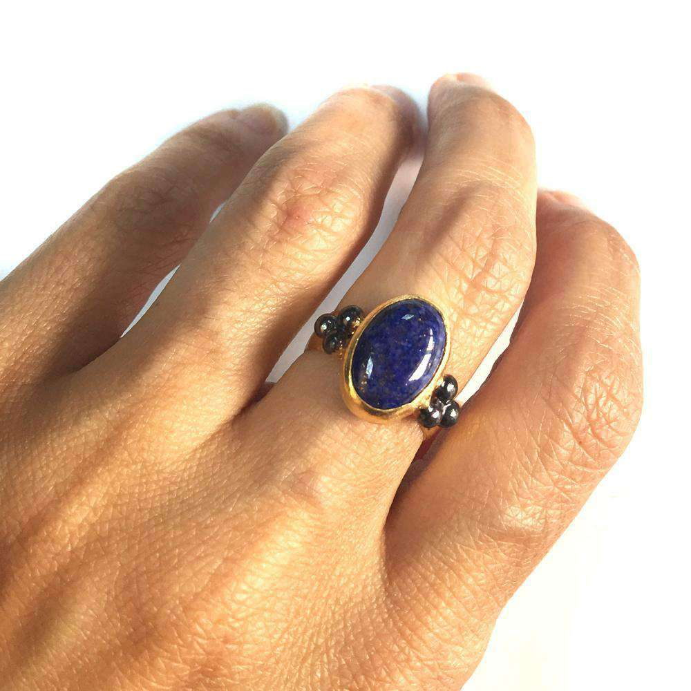 Lapis Lazuli Ring with three dots in silver