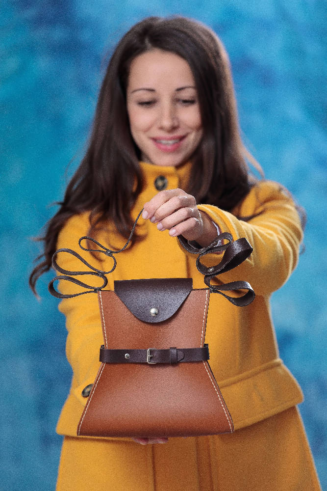 Casual Moni Premium Italian leather bag