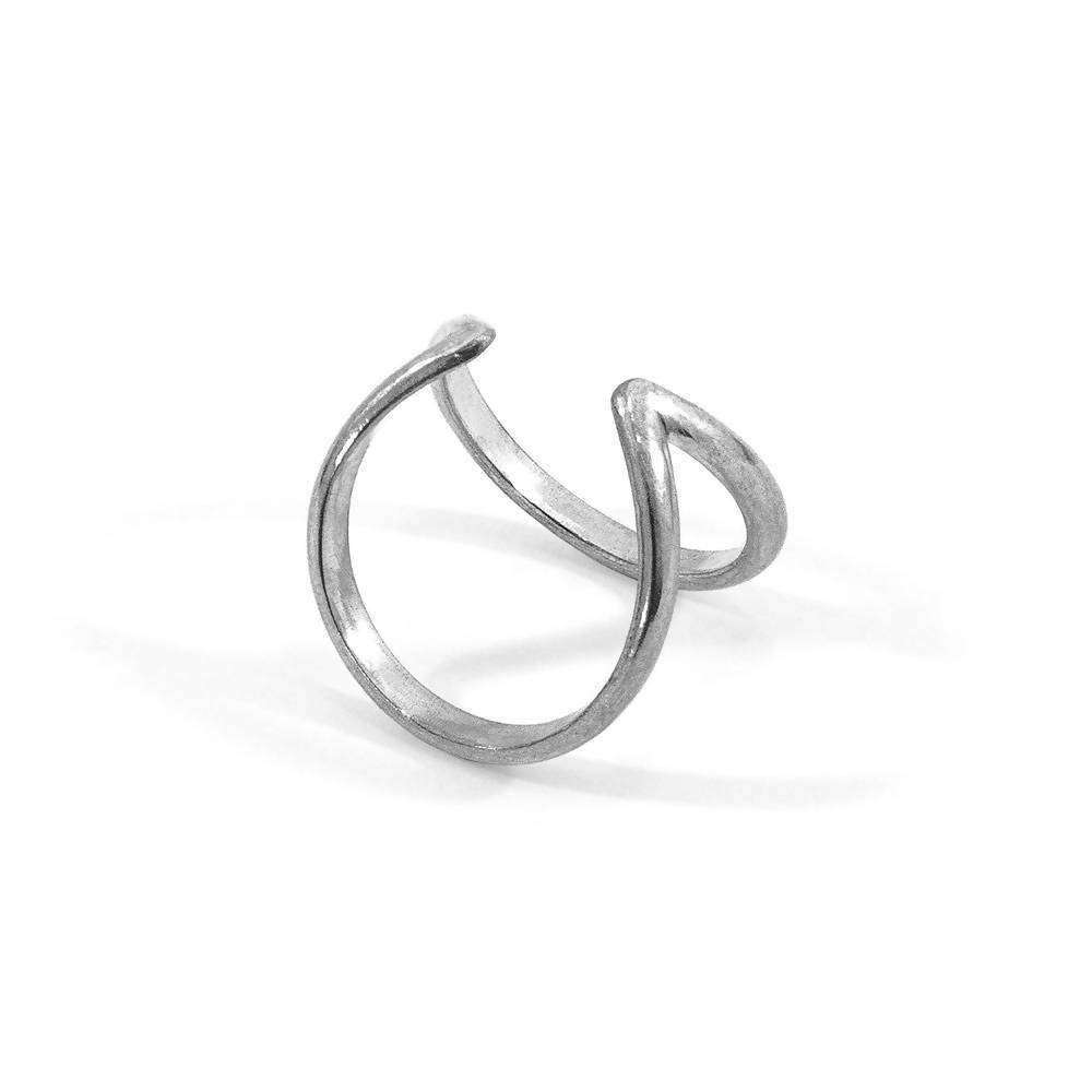 HUNTINGTON SURF SILVER RING