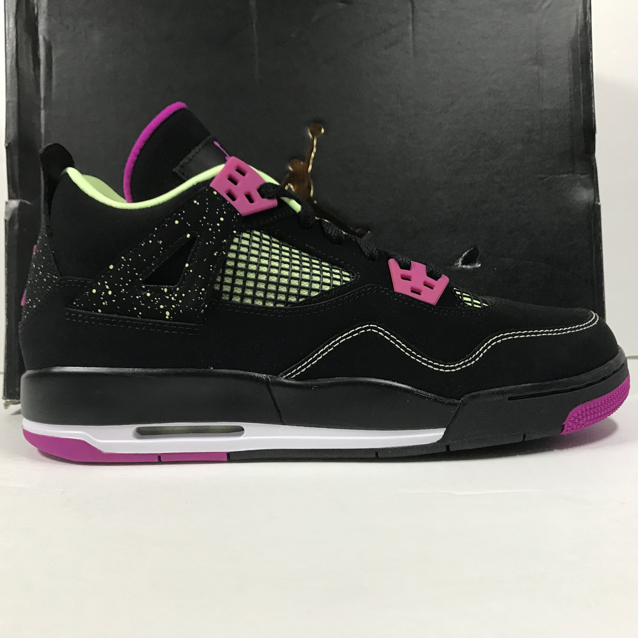 DS Nike Air Jordan 4 IV Retro 30th GG Black/Fuchscia Size 9Y - DOPEFOOT  - 1