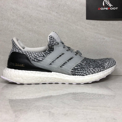 Adidas Ultra Boost 3.0 Oreo Sample Size 9 Black/White