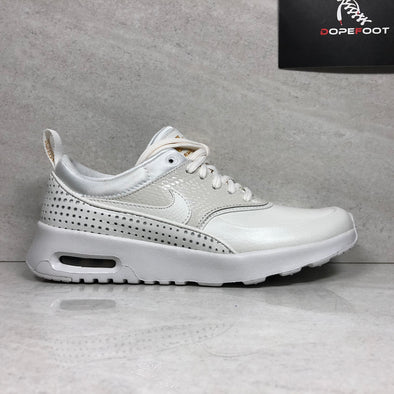 DS Women's Air Max Thea PRM QS Size 6/6.5 Summit White AA1440 100
