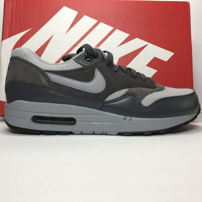 DS Air Max 1 Essential Wolf Grey Size 8