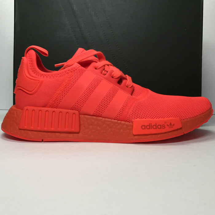 DS Adidas NMD R1 Triple Red Size 8.5