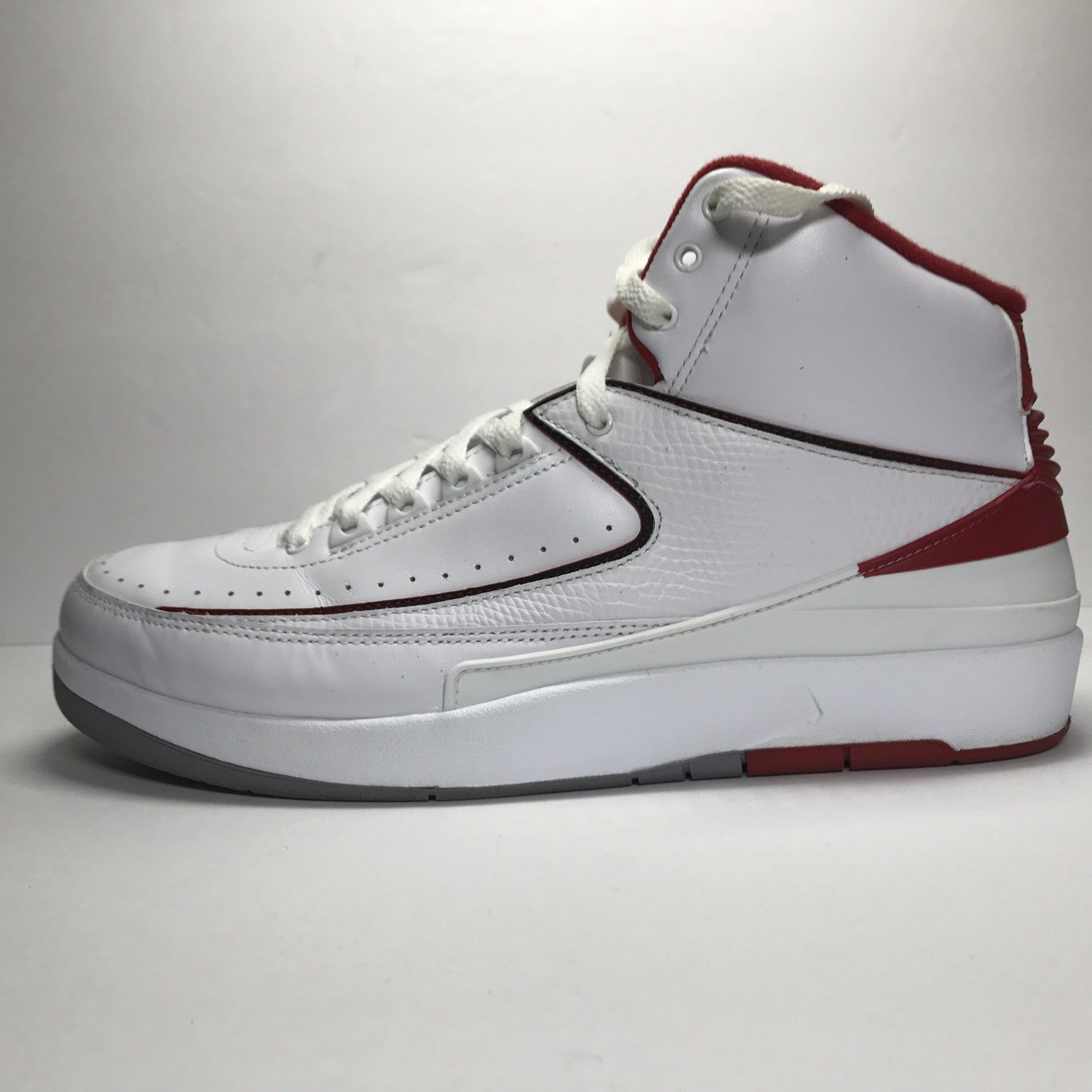 Nike Air Jordan 2 II Retro White/Red Size 11.5