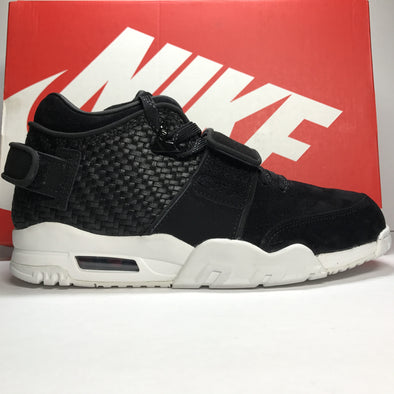 DS Nike Victor Cruz Black/White Size 8.5