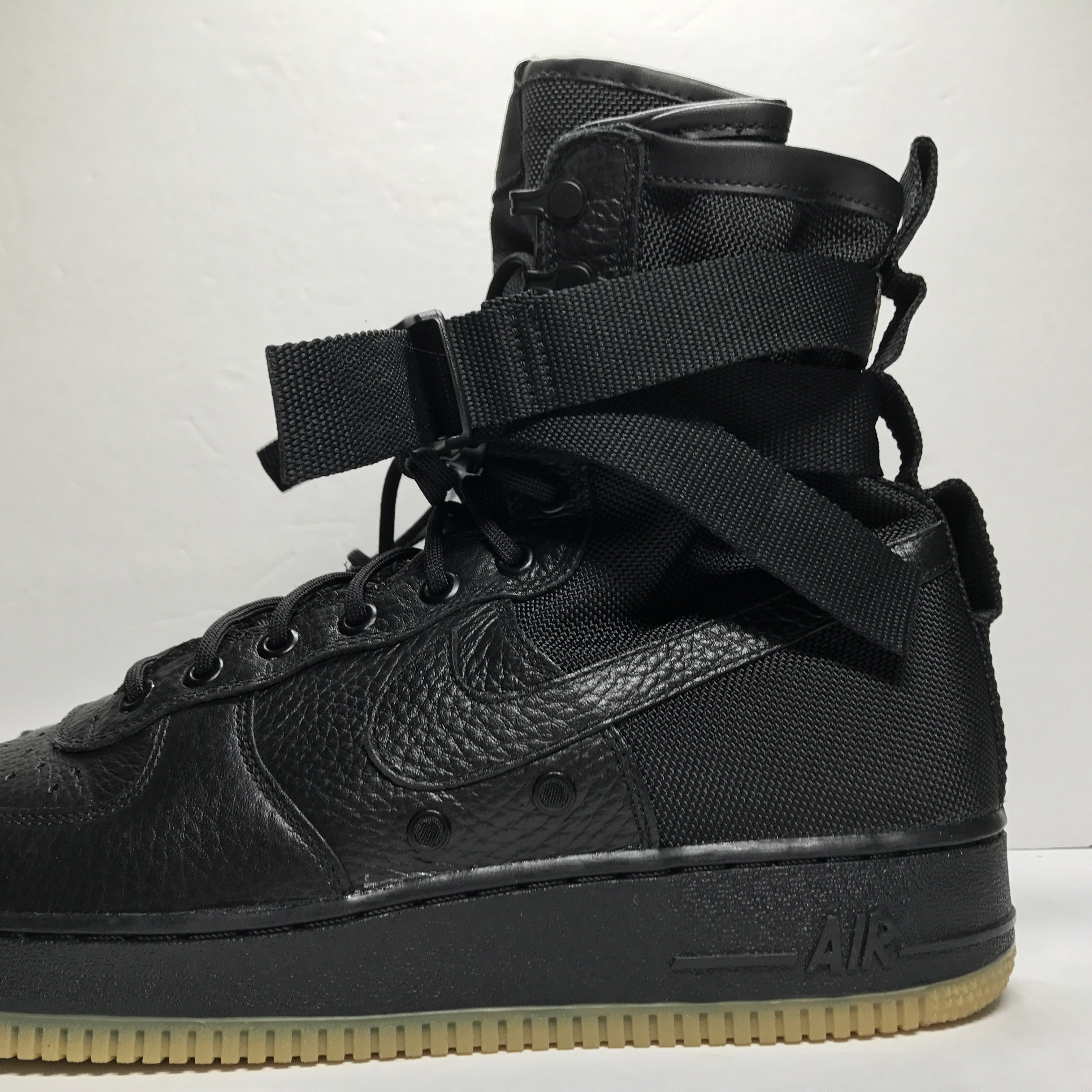 DS Nike Air Force 1 SF AF1 Special Field Black/Gum Size 12