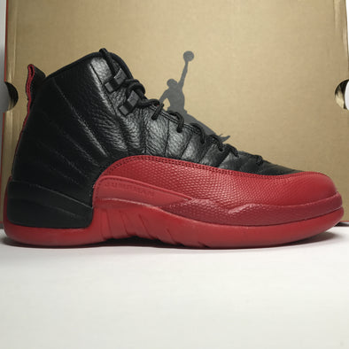 DS Nike Air Jordan 12 XII Flu Game Size 8